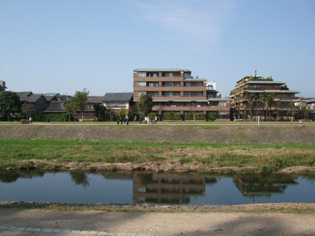 2009_10310004