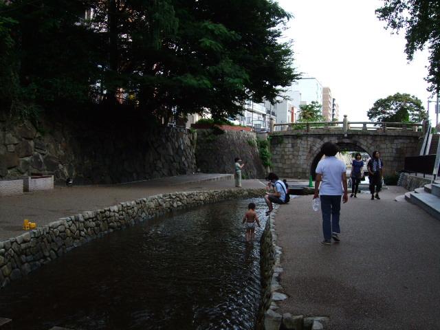 2010_08110018